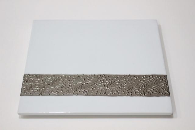 プラチナリング<br /> 21cm角プレート(白)