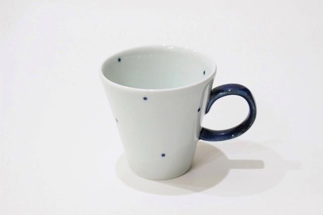 染付<br /> デミマグカップ(水玉・取っ手青)